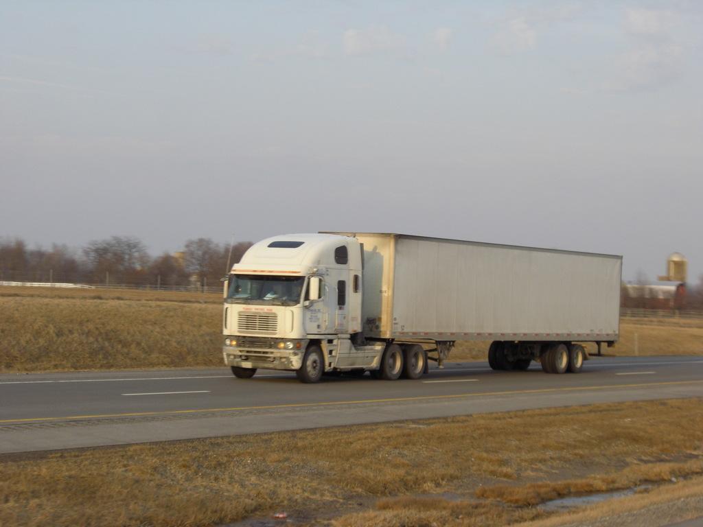 CIMG9251 - Trucks