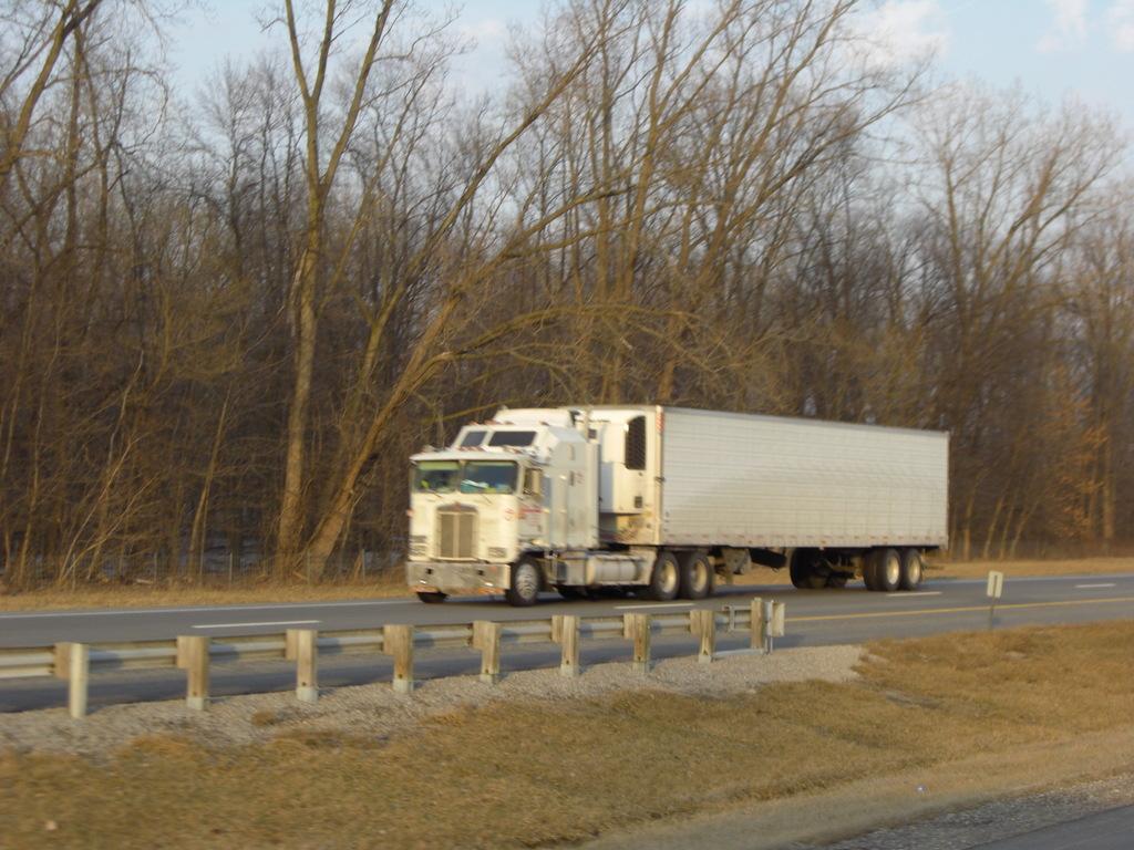 CIMG9252 - Trucks