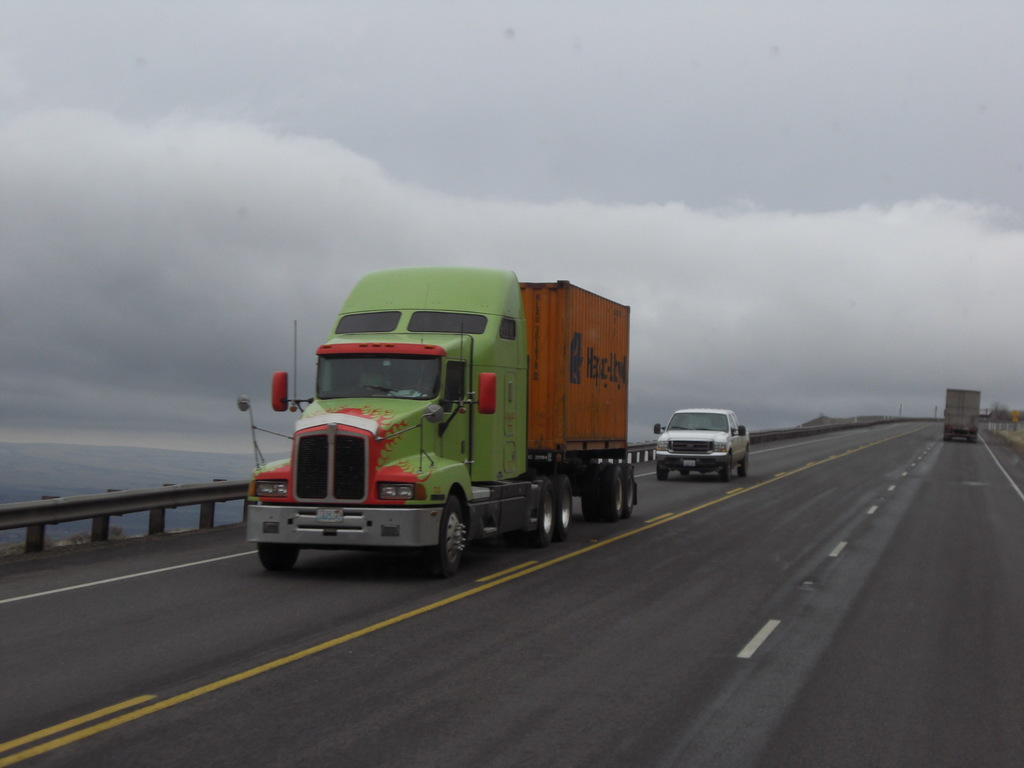 CIMG9025 - Trucks