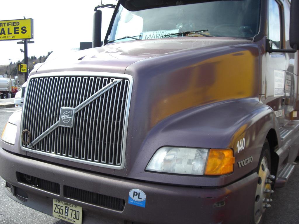 CIMG9352 - Trucks