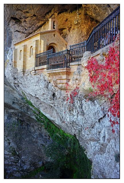 Santa Cueva de Covadonga 1 Spain