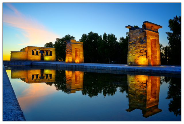 Templo de Debod night Spain