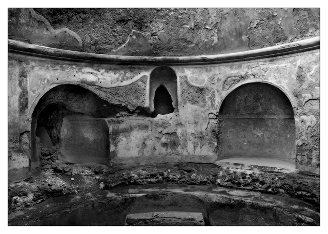 -pompeii Italy B&W  Italy photos