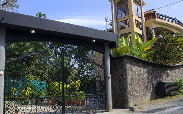 Rental Properties in Manuel Antonio CR Vacation Properties