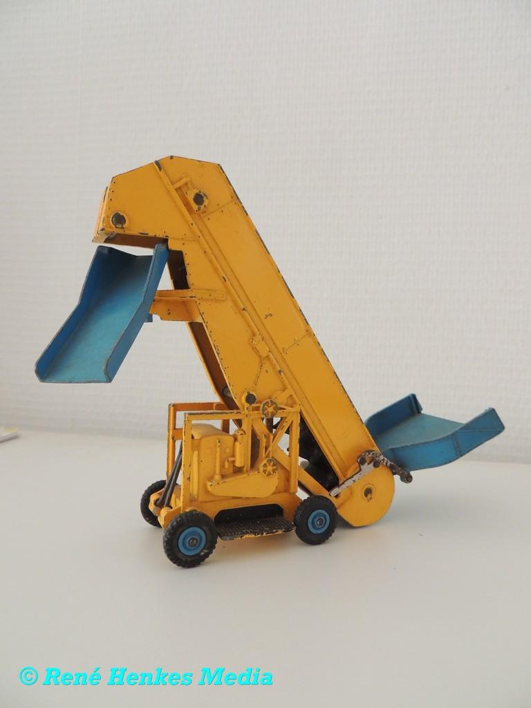 Dinky Toys 964 Barser-Green Olding Elevatror Loade -