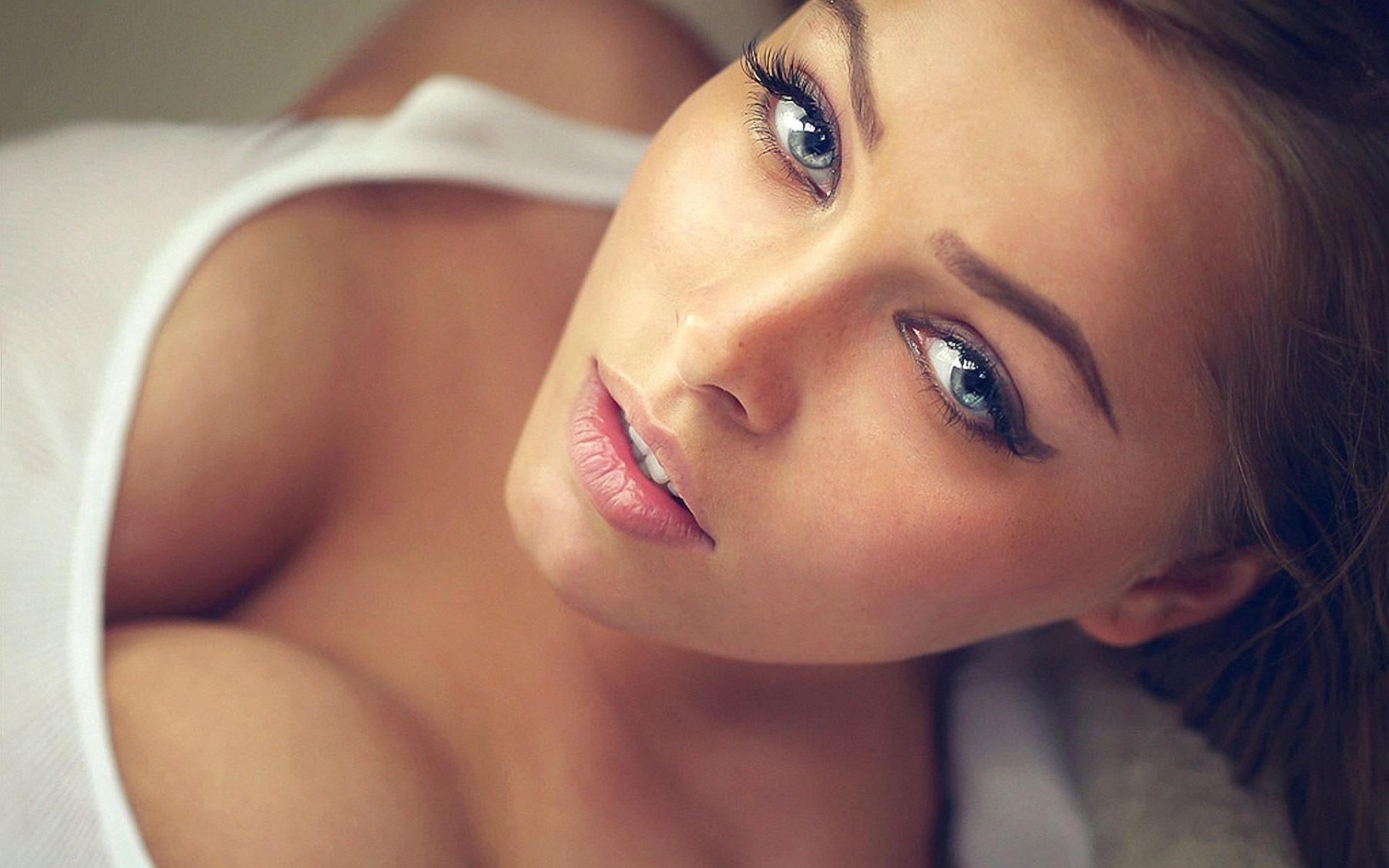 blue eyes wallpaper 2048x1152 - photo #34