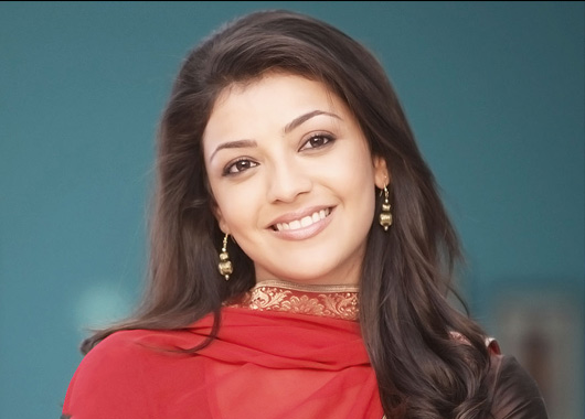 Kajal-Agarwal-celebrates-New-Year-with-her-family  Kajal Agarwal Wallpapers