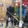 Tuin - Een schoor maken 26-... - In de tuin 2016