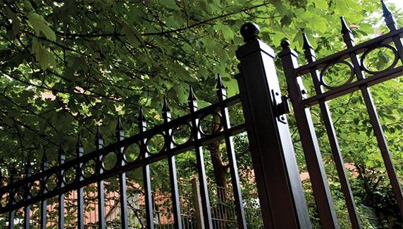 Fencing TEK Gate & Fence