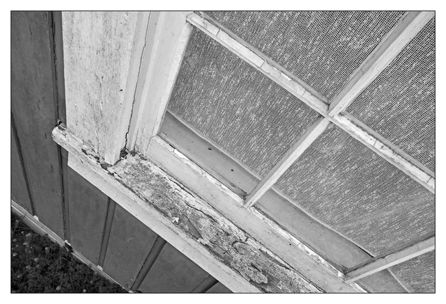 Merville 2016 04 Abandoned