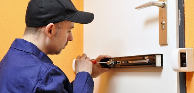 Emergency Locksmith Service in Euclid Lock and Key Solution