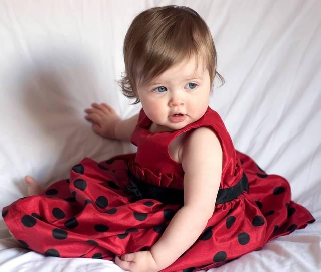 Cute-Baby-Girl1 Revitasence serum01
