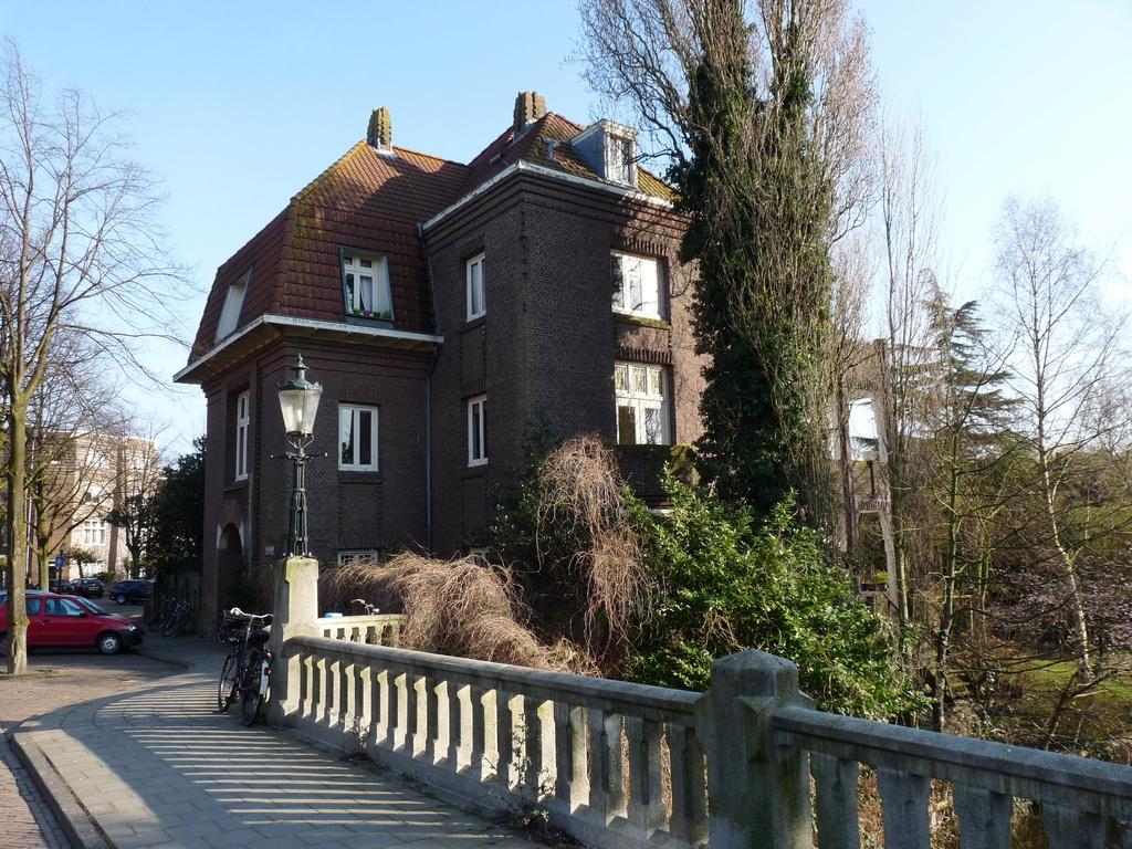 P1050745 - vondelpark/,-concertgebouwbuurt