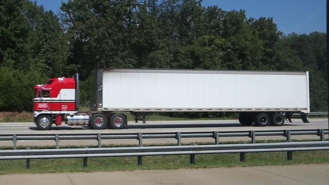 IMG 3872 Trucks