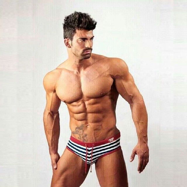 Bodybuilder-Sergi-Constance Picture Box