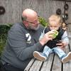 Jeroen en Liam op bezoek 12... - In de tuin 2016