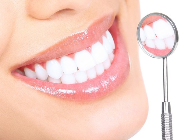 white-light-smile-reviews-must-read-before-try 1 White Light Smile uses the force of LED light