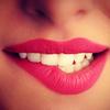 white-teeth-flirty-girl-bit... - http://www.muscle4power