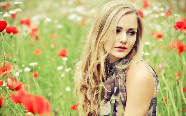 Beautiful-Girls-Photoshoot Picture Box