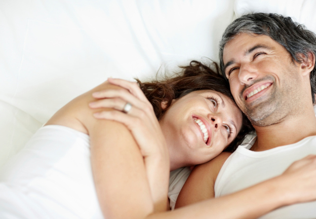 happy-couple-in-bed https://celexasmaleblog.wordpress.com/