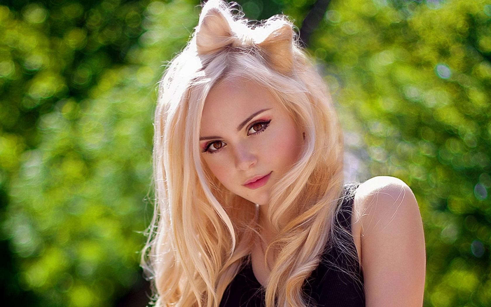 Самая красивая блондинка 18