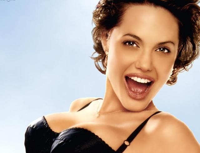 hollywood-model-actress-angelina-jolie-hot-photos- http://healthchatboard.com/reaction-male-enhancement/
