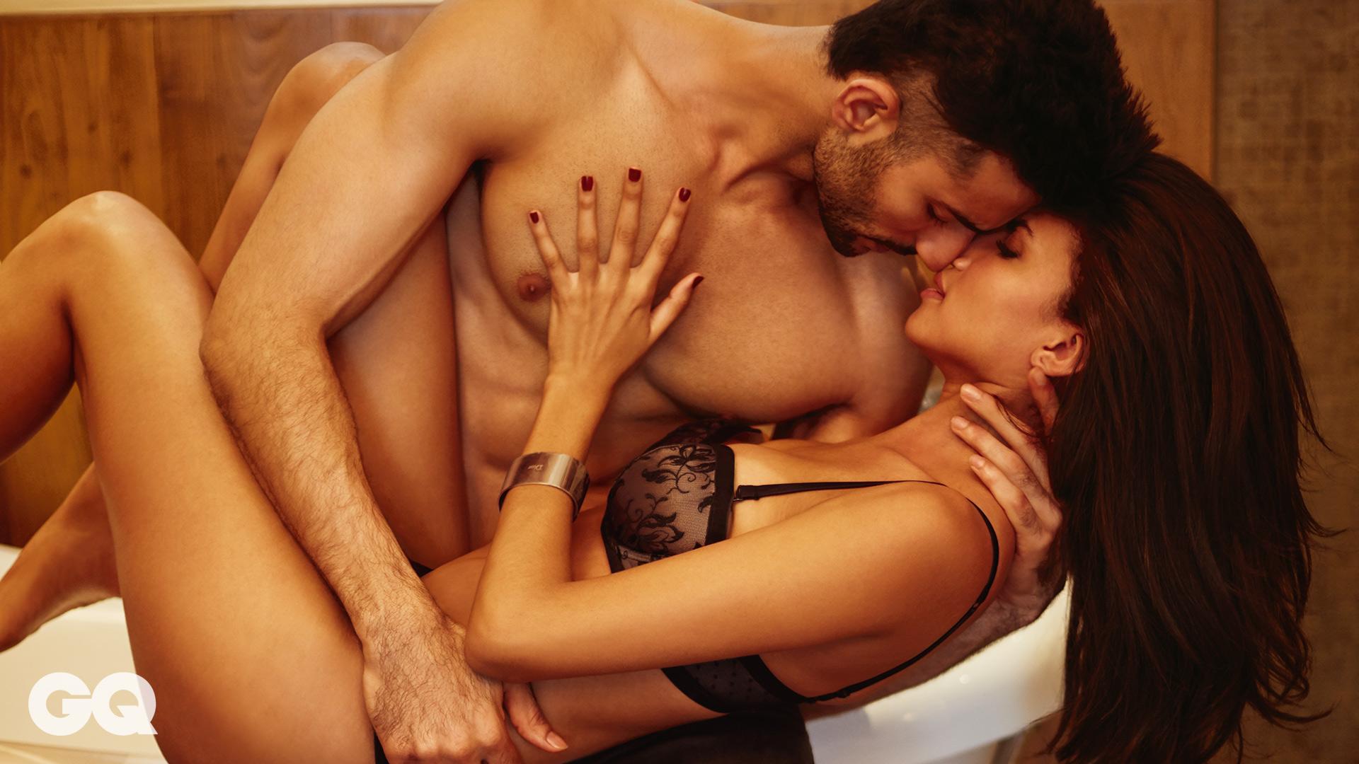 devushki-zassihi-strastno-lyubovniy-seks-video-foto