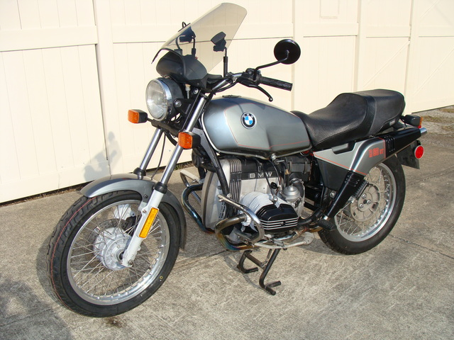 6207546 '83 R80ST, Grey (1) 6207546 '83 R80ST, GREY. Major 10K Factory Service, New Tires & Battery. Only 20,500 Miles