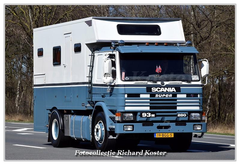 DSC 9747-BorderMaker - Richard