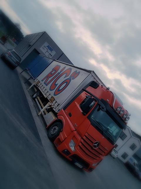 Road  (2) TRUCKS & TRUCKING in 2017 powered by www-truck-pics.eu