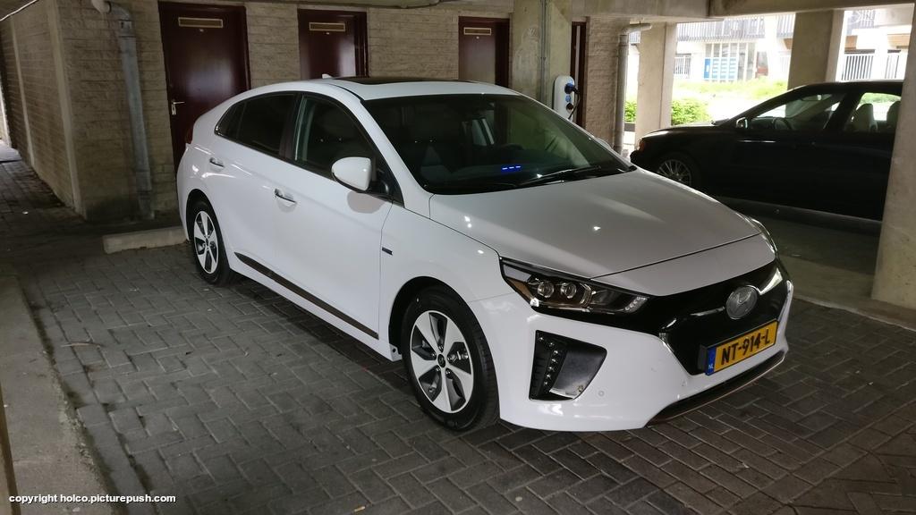 https://www1.picturepush.com/photo/a/15787340/1024/Hyundai-Ioniq-Electric/IMG-20170505-144205.jpg