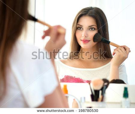 stock-photo-beauty-woman-applying-makeup-beautiful Anti Wrinkle Serum:>> http://elliskinantiaging.com/derma-viva-with-radiant-bloom/