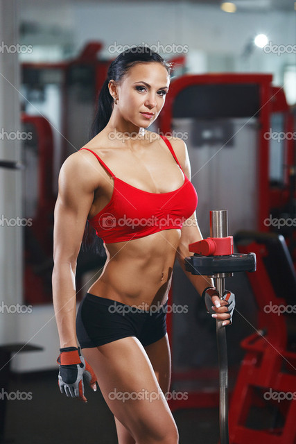 depositphotos 53361693-Fitness-body-girl-with-barb Picture Box
