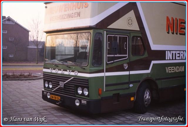 54-TB-57  B-BorderMaker Verhuiswagen