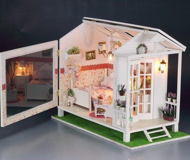 Dolls House Miniatures99 Doll House Dolls