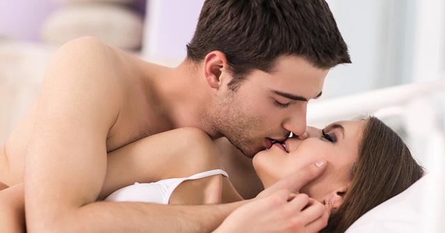 Смотреть онлайн порно: Анальный секс