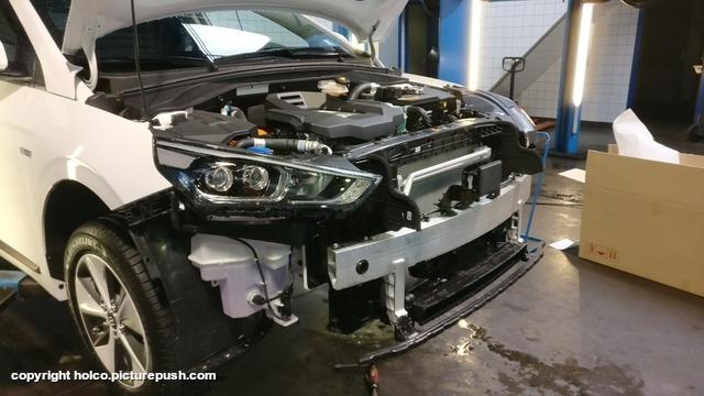 Hyundai Ioniq Electric front spoiler removed 1 Hyundai Ioniq Electric