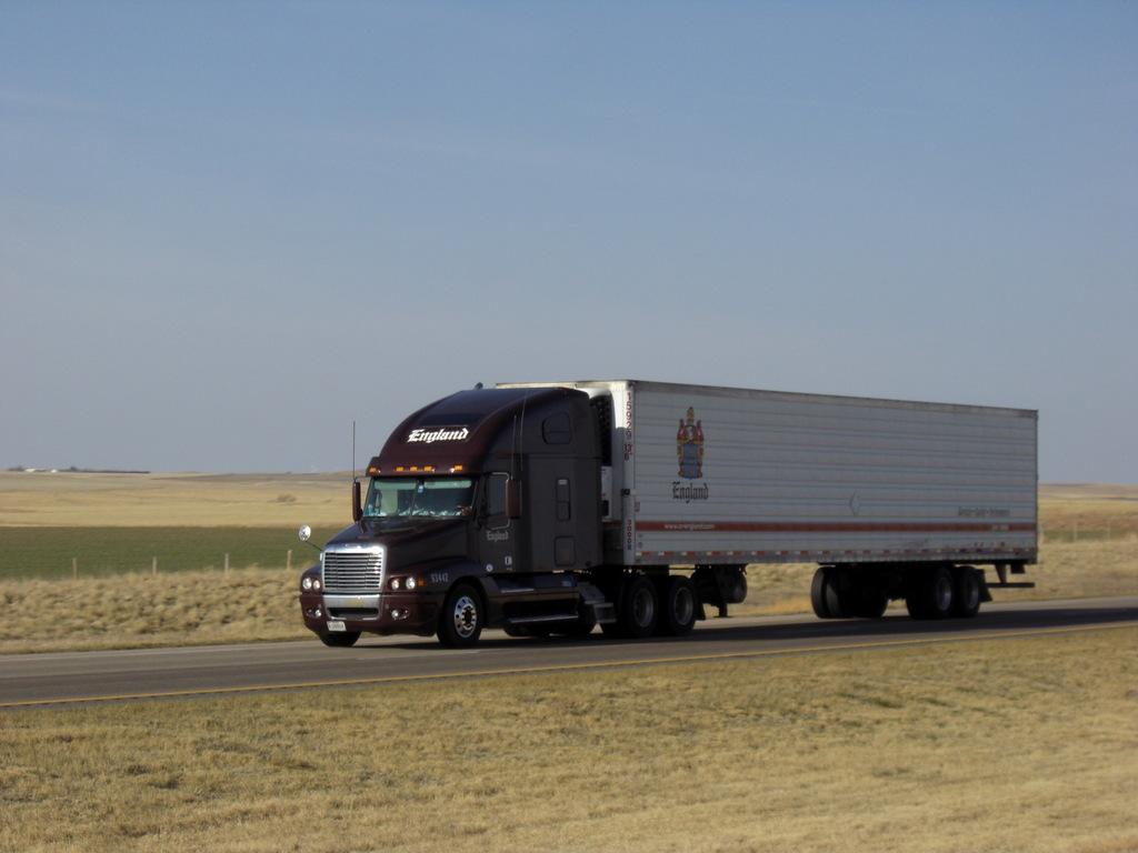 CIMG9950 - Trucks