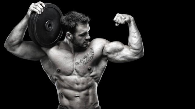 bodybuilder-bicep-flex-holiday-workout http://maximizedmuscleideas.com/testo-max-xtreme/