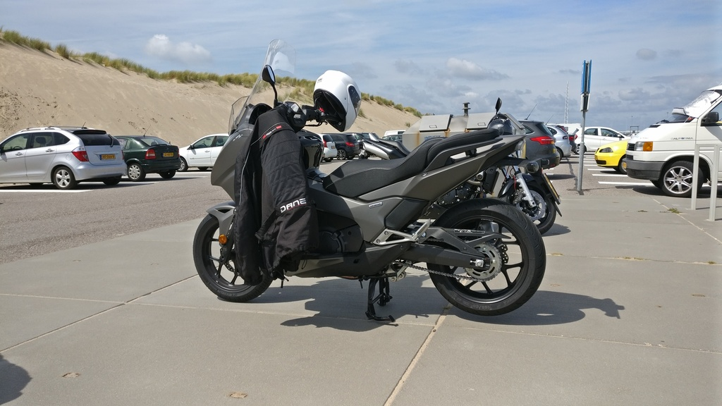 https://www1.picturepush.com/photo/a/15855902/1024/Honda-NC750-Integra/Integra-maasvlakte.jpg
