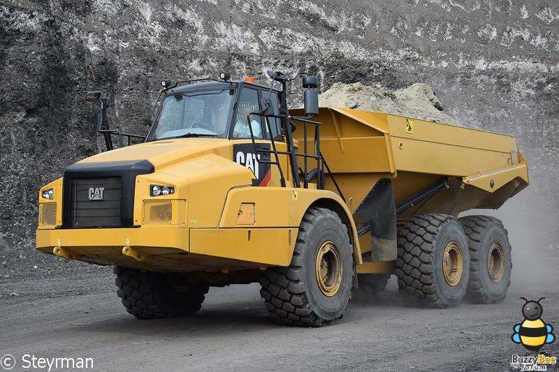 DSC 3455-BorderMaker - Truck in the Koel 2017