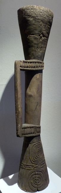 papua-new-guinea-marind-anim-drum 6117644280 o melanesische kunst