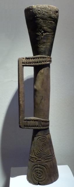 papua-new-guinea-marind-anim-drum 6117646648 o melanesische kunst