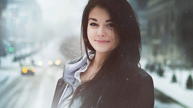 4048936-beautiful-girl-pic New Age Skin Cream