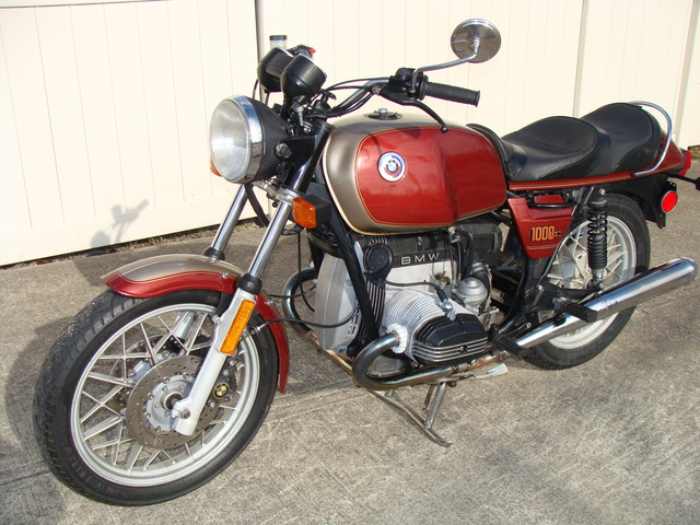 6172716 '83 R80T (1) 6172716 '83 R80T, Maroon and Gold