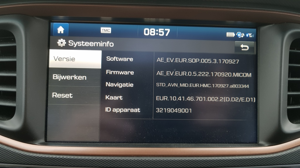 https://www1.picturepush.com/photo/a/15975752/1024/Hyundai-Ioniq-Electric/Nieuw.jpg