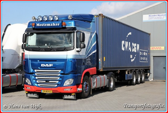 19-BGH-5  F-BorderMaker Container Trucks
