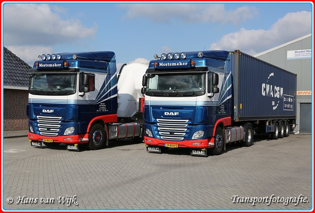 19-BGH-5  G-BorderMaker Container Trucks