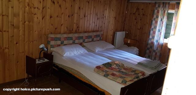 2 persoons slaapkamer 1 oorspronkelijk 3 bedden ge Casa Teresa