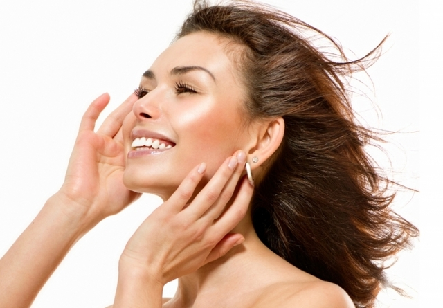 How to apply this Skin Care? Hyalurolift